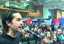 Minority Trump supporters challenge Politicon session