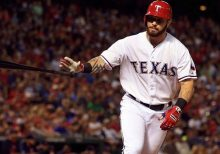Ex-MLB All-Star Josh Hamilton charged with injuring teen daughter