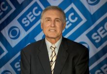 Gary Danielson of CBS slammed for comments – and chuckles -