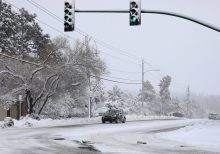 Winter storm creates Thanksgiving holiday travel 'havoc' with blizzard conditions, snow to hit Northeast