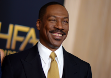 Eddie Murphy returns to 'SNL' ----'