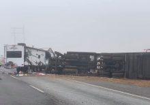 Texas TV cameraman captures dramatic video of tractor-trailer crash