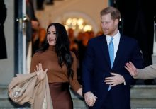 Buckingham Palace responds to Meghan Markle, Prince Harry's exit: 'These are complicated issues'