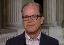 Sen. Mike Braun says Lev Parnas claims were 'orchestrated, planned' by Dems: 'People can see through it'