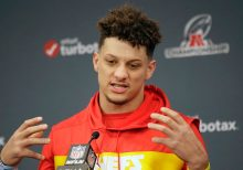 Patrick Mahomes takes heat on social media after George Zimmerman tweets resurface