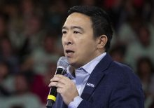 Andrew Yang drops out of Democratic presidential race