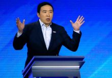 Andrew Yang says one of the remaining Dems needs to 'pull an Andrew Yang,' quit the race
