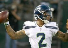 Ex-Seahawks quarterback sentenced to 3 years in prison for assaulting girlfriend