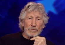 Pink Floyd's Roger Waters blasts DOJ, claims double standard for WikiLeaks' Assange, major news outlets