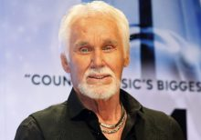 Kenny Rogers, country music icon, dead at 81