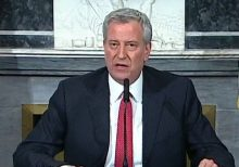 De Blasio: If Trump does not act on coronavirus outbreak, 'people will die'