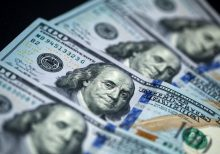 Texas company looking to dock stimulus money from paychecks, relieve their payroll: report
