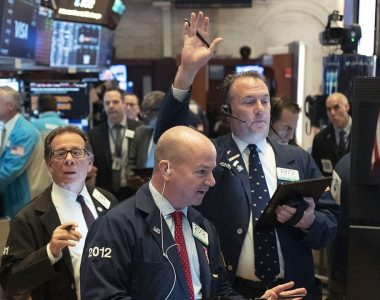 Dow searches for direction after best week since 1938