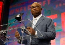 Mike Singletary, the 'heart' of the '85 Chicago Bears, on how coronavirus has changed his daily routine