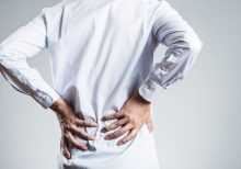 Doctors performing CT scan on man with back pain discover he has 3 kidneys: case report