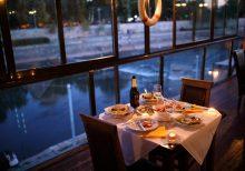 Missouri restaurant's coronavirus surcharge causes social media backlash