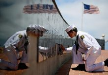Navy vet upset after video shows skateboarder riding atop Mount Soledad memorial