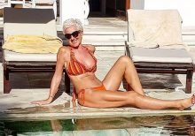 'Age-defying' woman, 62, claims men from '20 to 70' try to chat her up on Instagram