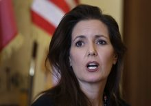 Oakland mayor says public safety reform 'means not just to reform the police, but to replace the police'