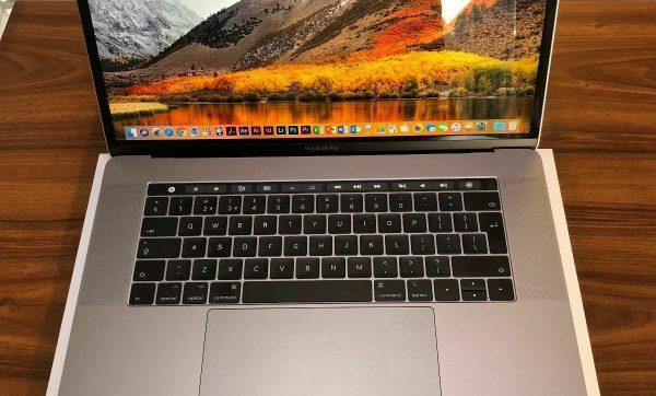 Details-about-Apple-MacBook-Pro-1522-2018-TouchBar-2.2ghz-Quad-Core-i7-16gb-256GB-SSD-Grey-2