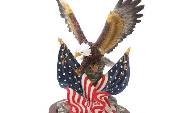 0031564_patriotic-eagle_600